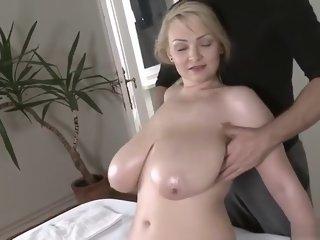 Fetching busty lady in sweet..
