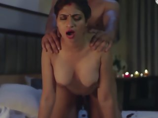 DESI HOT BABHI FIRST NIGHT SEX