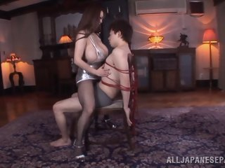 Arousing Asian chick Hitomi..