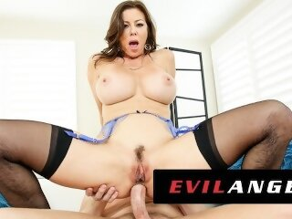 Alexis Fawx Obeys Like A Good Slutty Anal MILF - EvilAngel