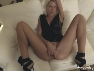 mileyweasel celeb point of view blondes mom mother