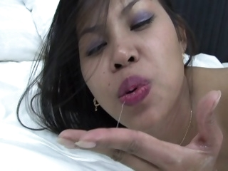 Thai mother I'd like to fuck..