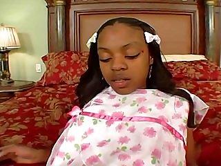 Lil ebony teen creampie