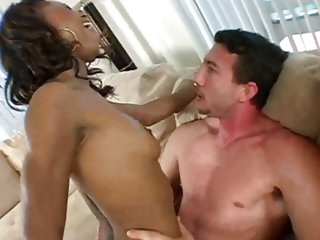 Sexy slut Marie Luv riding..